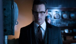 Expect To See Cory Michael Smith Go Full Riddler This Season On Gotham