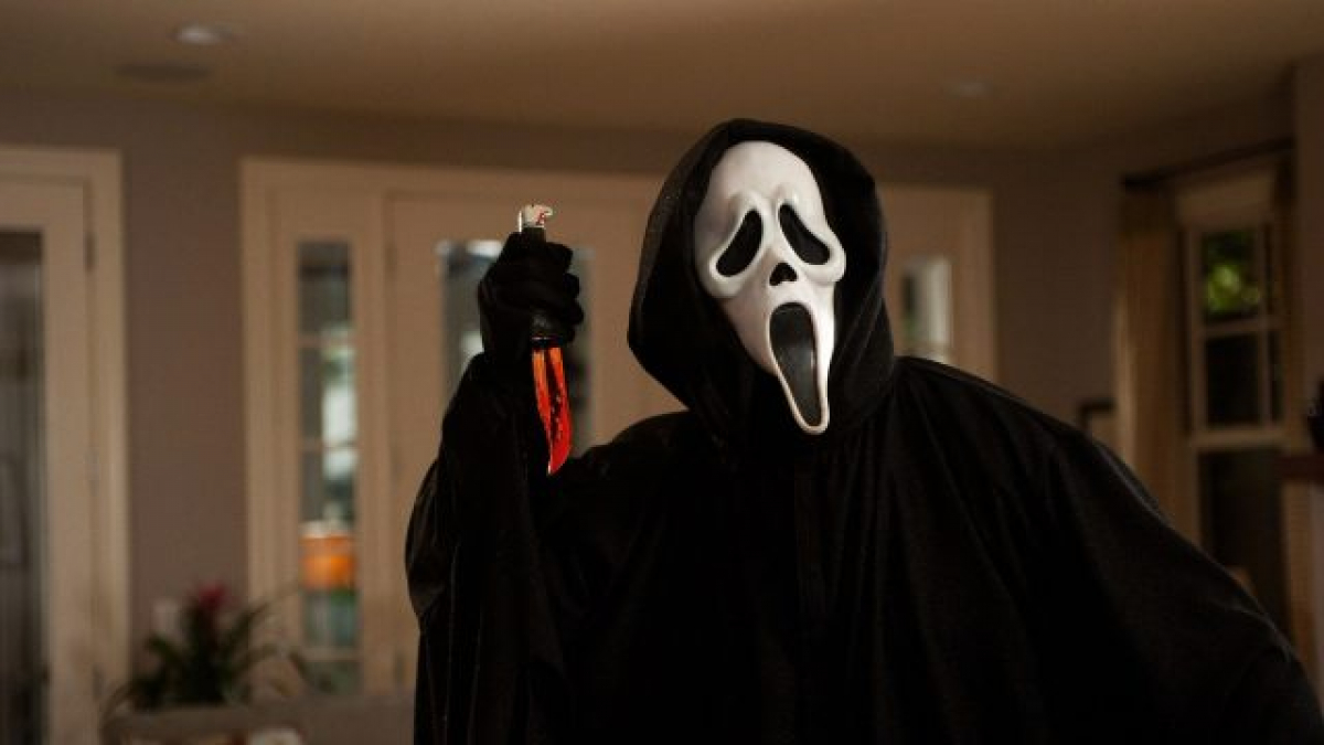 Ghostface May Target Trick Or Treaters In Mtv S Scream Reboot