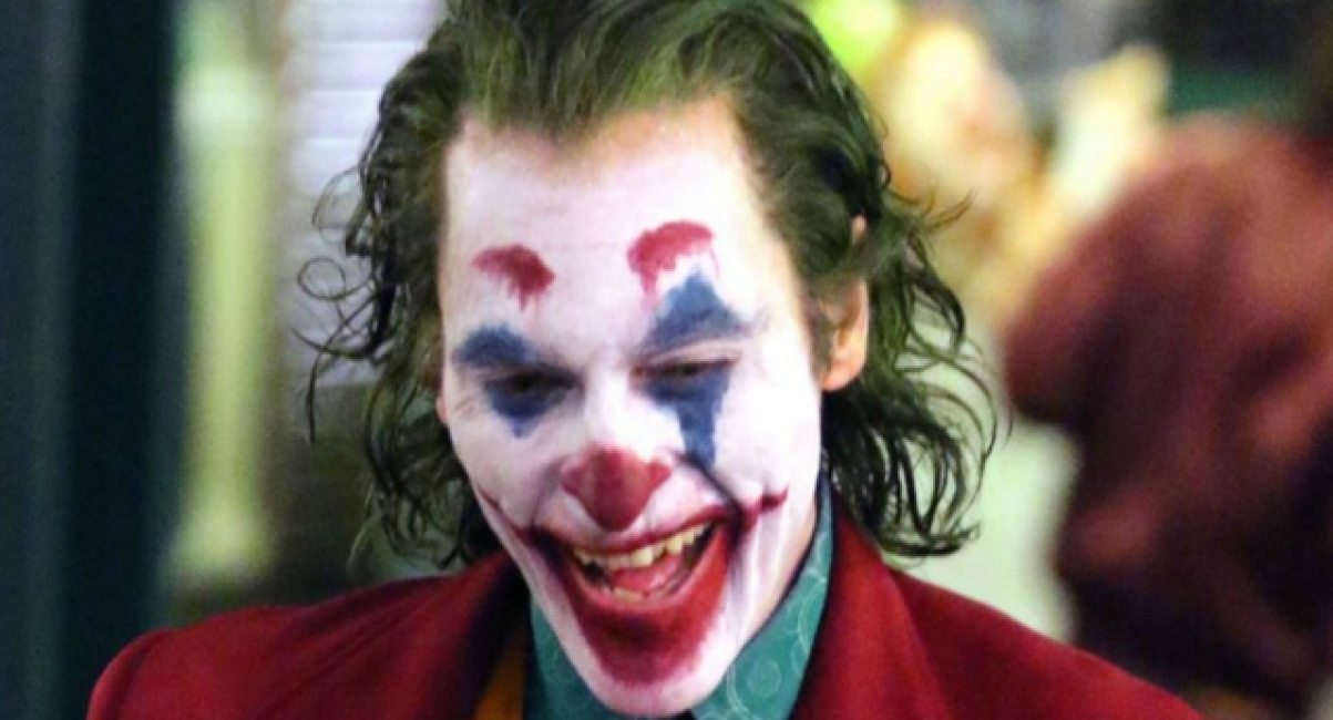 New Theory Suggests Joaquin Phoenix Isn T Playing The Real Joker