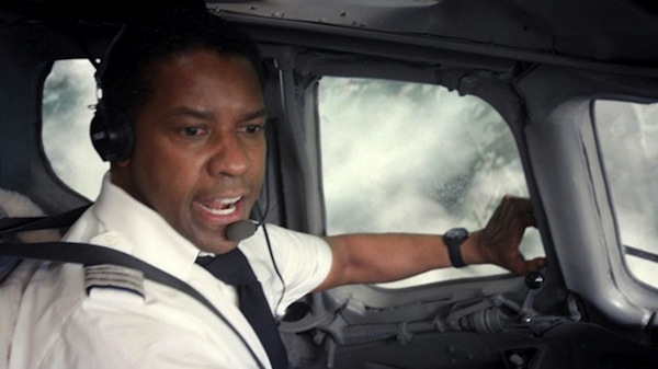 110512 celebs flight denzel washington 20 Great Movie Moments From 2012