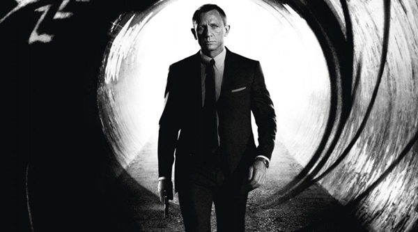 Daniel Craig Hopes For A Return To Old Irony In Bond 24