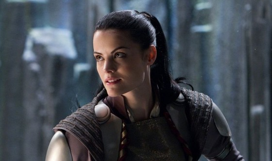 1381753886_Jaimie-Alexander-star-as-Sif-in-Paramount-Pictures-Thor-9-960x639
