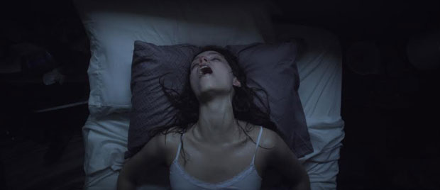 Starry Eyes Review [SXSW 2014]