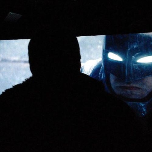 Batman V Superman: Dawn of Justice Armored Batsuit Revealed