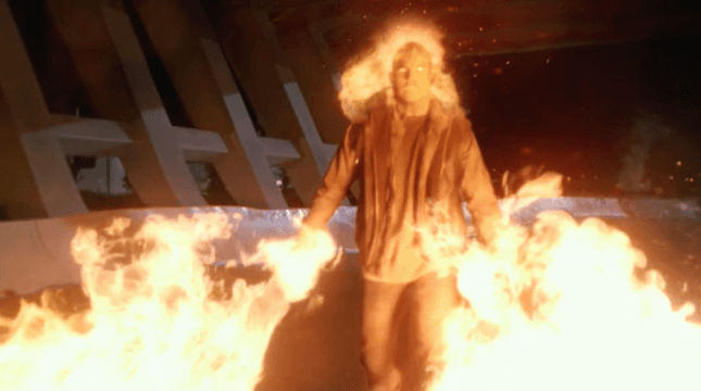 Robbie Amell Teases Return As Firestorm In The Flash Season 2