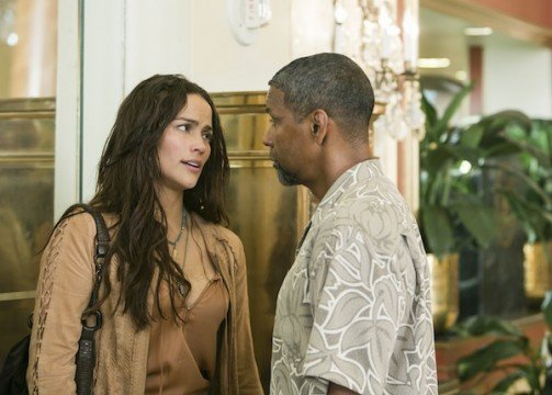 2 guns paula patton denzel washington 503x360 The Top 10 Things I Hate About 2 Guns