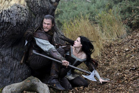 2012_snow__white_and_the_huntsman_002-1