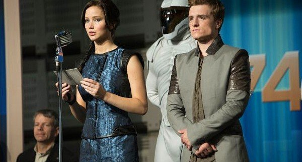 2013-movie-preview-the-hunger-games-catching-fire_0
