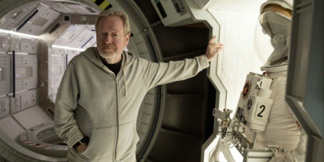 Ridley-Scott-on-the-set-of-The-Martian