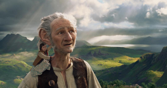 Disney Drops Mighty New Image For Steven Spielberg's The BFG