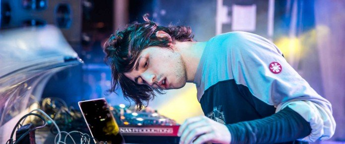 """Porter Robinson Shows Off His Remix Of The Weeknd's """"The Hills"""""""