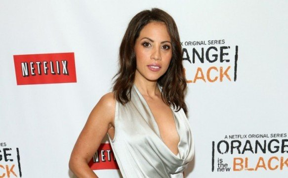 Fear The Walking Dead Actress Elizabeth Rodriguez Joins The Wolverine 3