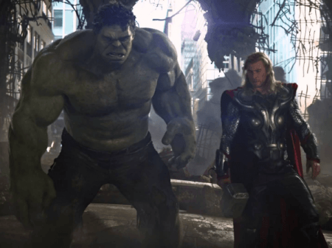 Chris Hemsworth And Tom Hiddleston Talk Thor: Ragnarok