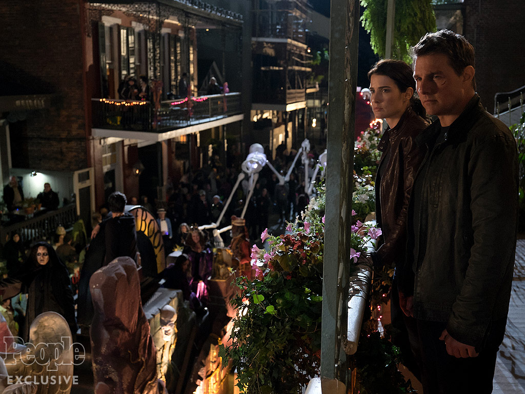 Cobie Smulders And Tom Cruise Buddy Up In First Jack Reacher: Never Go Back Teaser