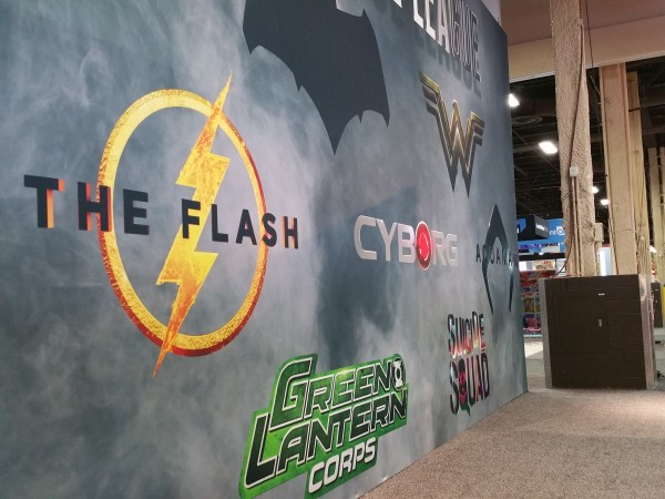 DC Extended Universe Receives Teaser Logos For Aquaman, The Flash, Cyborg And More