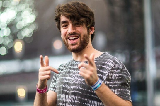 oliver-heldens-happy-759x500