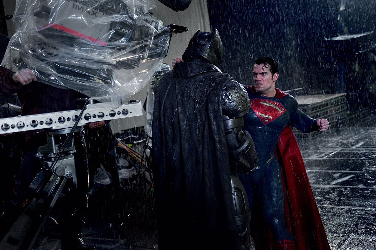 The Man Of Steel Throws A Punch In New Batman V Superman: Dawn Of Justice BTS Still