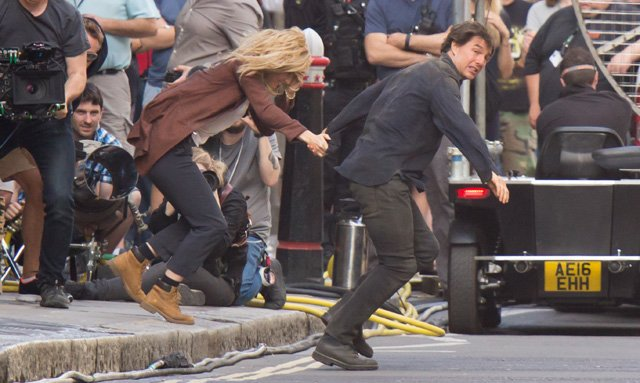 Universal Wraps Filming On The Mummy Reboot As Tom Cruise And Annabelle Wallis Feature In Final Set Photos