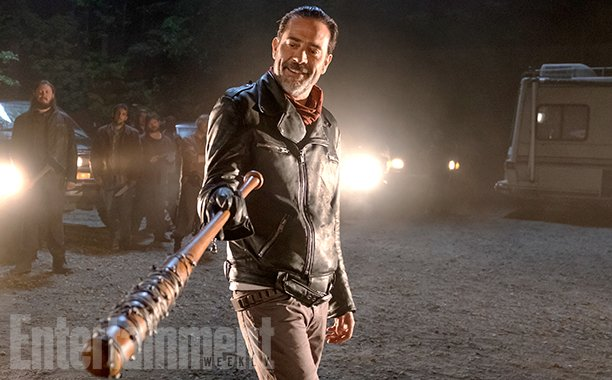 First Image For The Walking Dead Season 7 Teases An Unresolved Mystery
