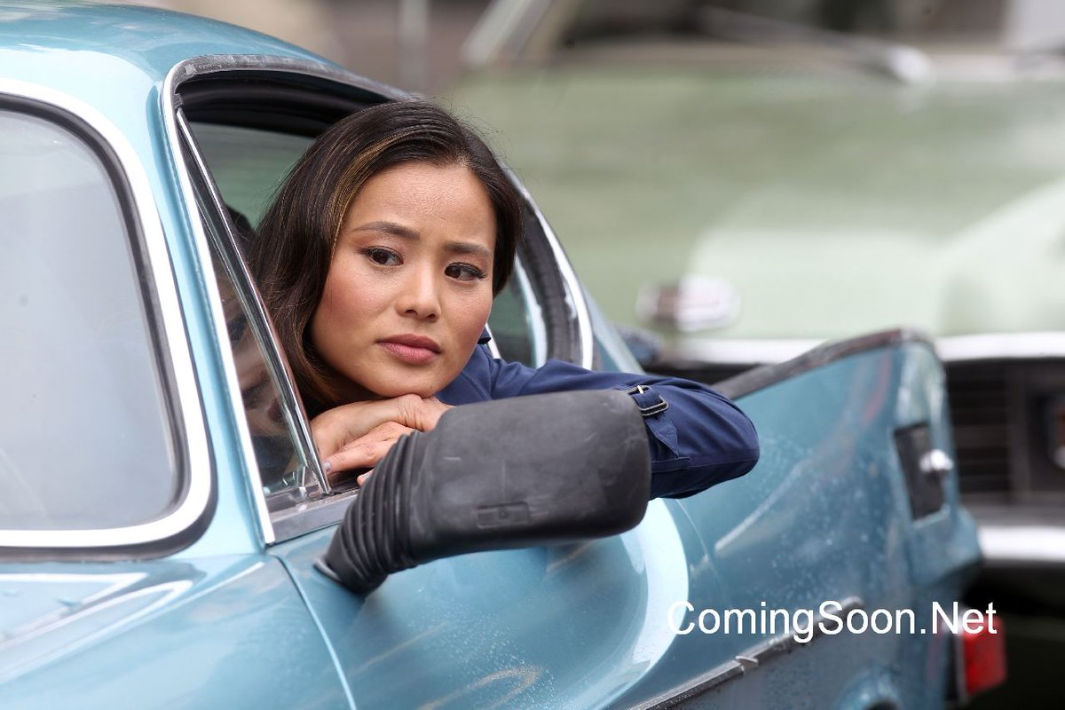 Gotham Season 3 Set Pics Reveal Jamie Chung As Valerie Vale