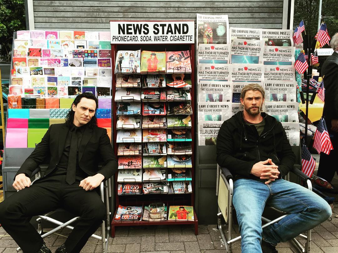 First Look At Chris Hemsworth And Tom Hiddleston On Thor: Ragnarok Set