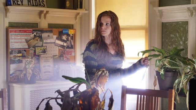 New Gotham Still Features The Grown Up Poison Ivy