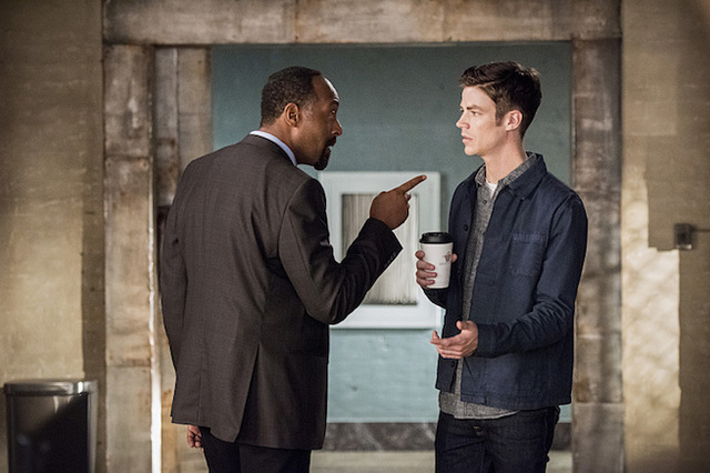 """Meet """"The New Rogues"""" In Description For The Flash Season 3, Episode 4"""