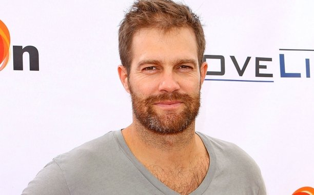 Geoff Stults Enlists To Join Lionsgate's Granite Mountain Hotshots