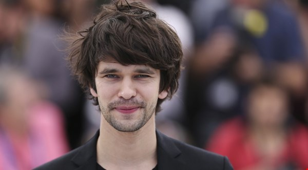 Mary Poppins Returns Courting Spectre Star Ben Whishaw