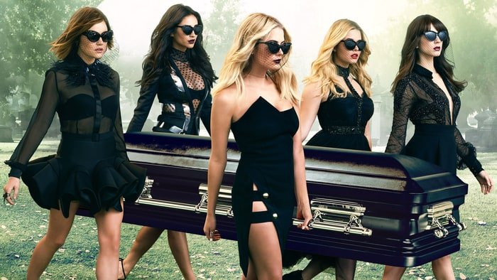 Pretty Little Liars To Bow Out In 2017 With Seventh And Final Season