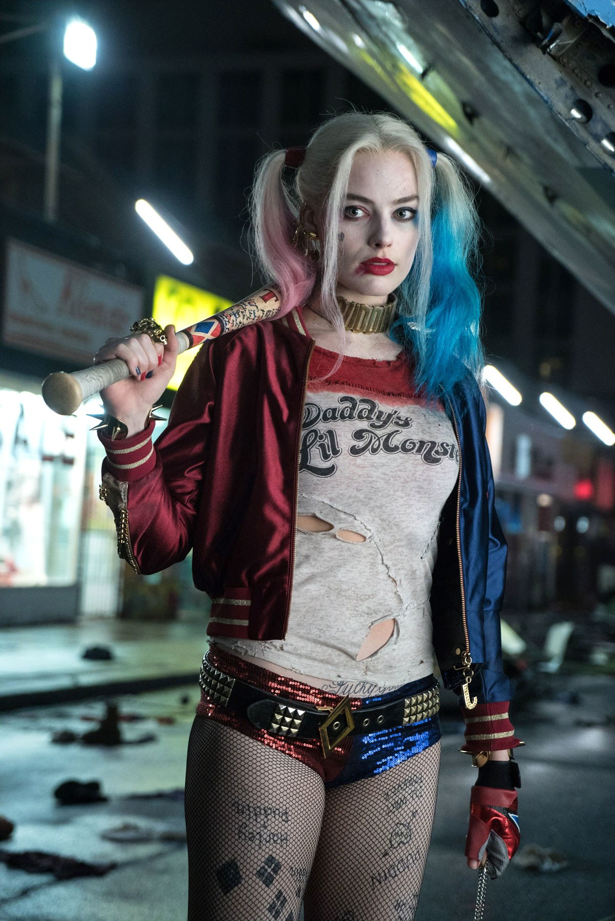 Advance Ticket Sales For Suicide Squad Blow Past August Records, Harley Quinn Headlines New Stills