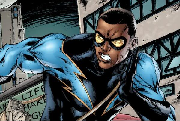 The Arrowverse Will Make Room For Black Lightning