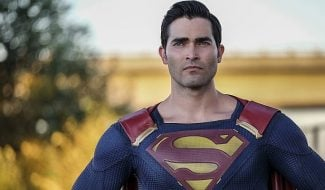Superman Flies In To Lend A Hand In First Clip From Supergirl Season 2