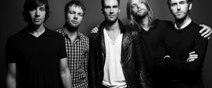"Maroon 5 Perform ""Don't Wanna Know"" On The Voice"