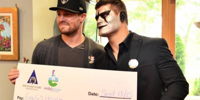 stephen-amell-stardust-charity-hospice