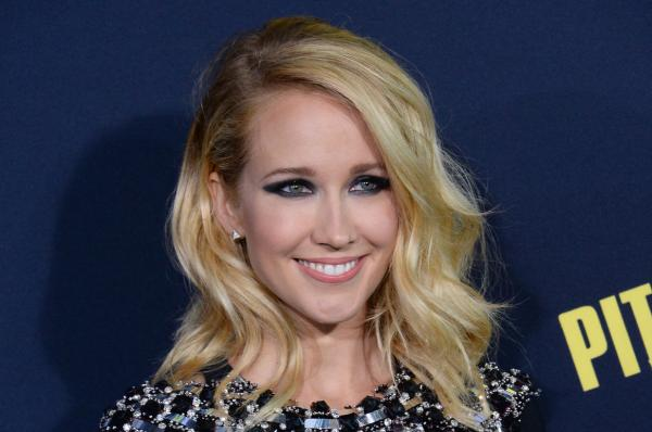 Anna Camp Back For More A Cappella With Pitch Perfect 3