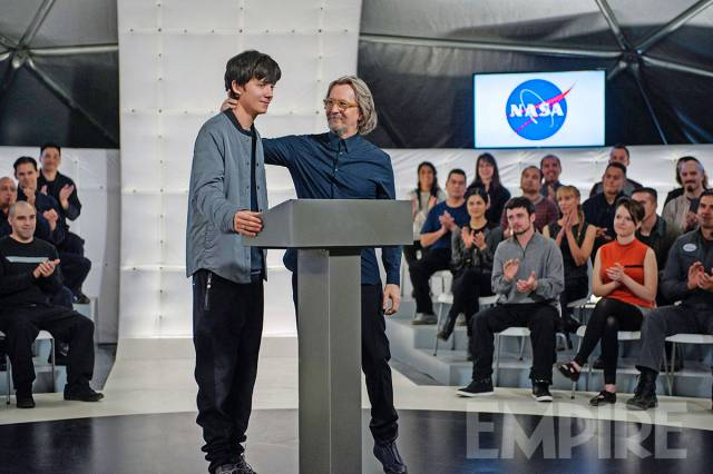 Gary Oldman Prepares For Liftoff In Latest Image For The Space Between Us
