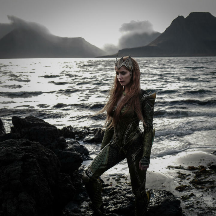 First Look At Amber Heard As Mera In Justice League