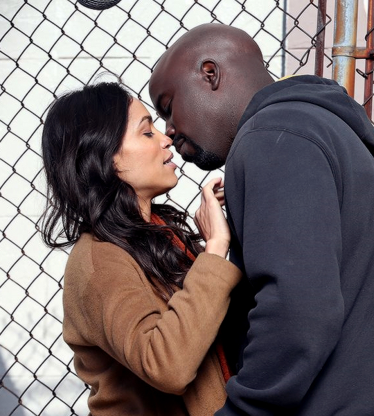 Power Man Puckers Up For A Smooch In Latest Set Pics From The Defenders