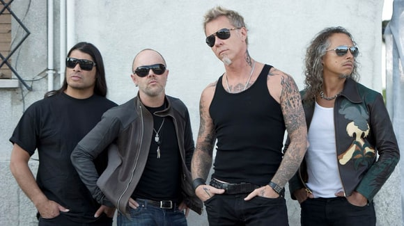 Metallica Hits Number One With Big Debut
