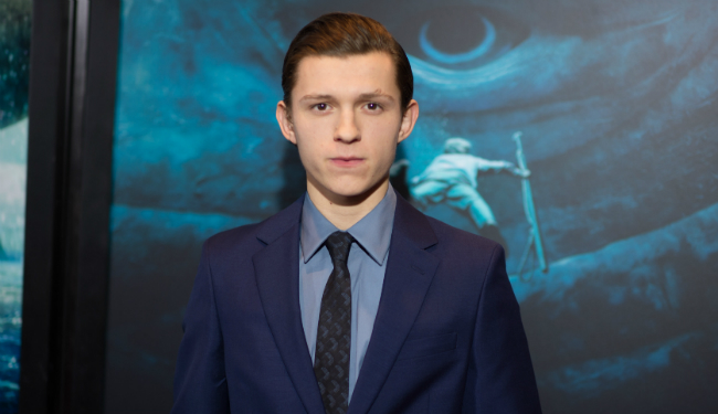 Post-Apocalyptic Thriller Chaos Walking Eyes Tom Holland