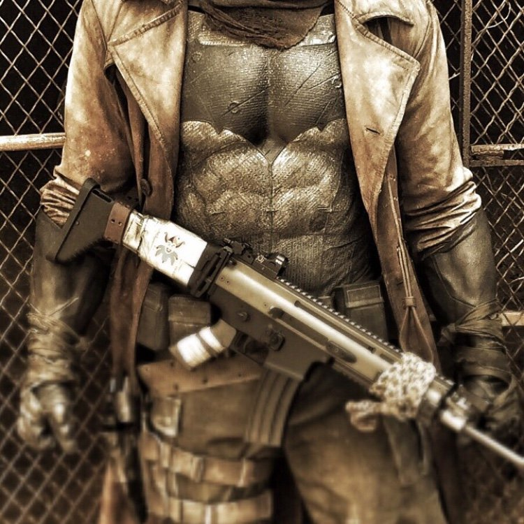 Zack Snyder Offers A Closer Look At Knightmare Batman