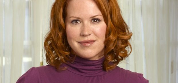 Molly Ringwald Will Head To Riverdale For The CW