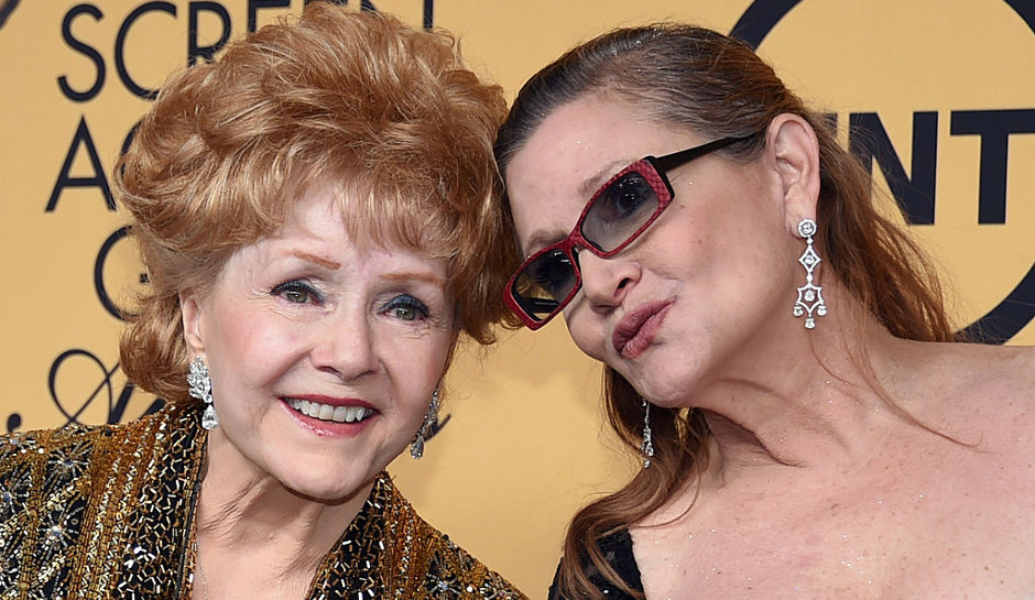 carrie-fisher-stable-condition-debbie-reynolds-cardiac-arrest-intensive-care-1