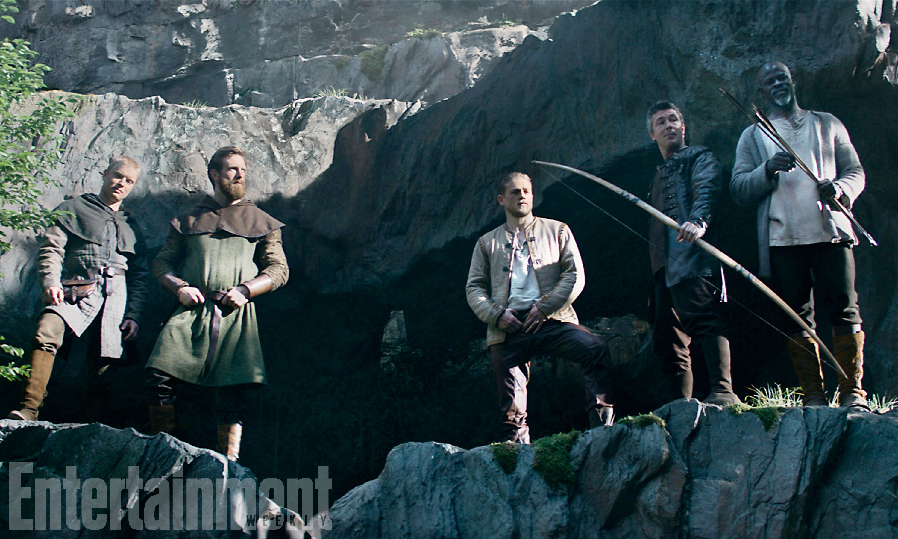 Gritty New Poster For King Arthur Legend Of The Sword Debuts
