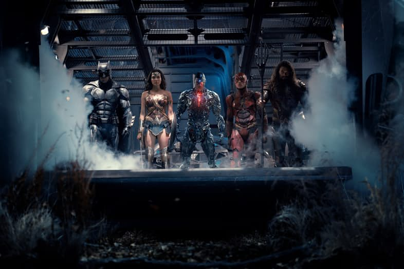entire-justice-league-team-together