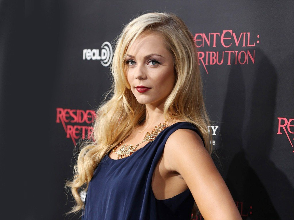 Laura Vandervoort And Hannah Anderson Confirmed For Saw: Legacy