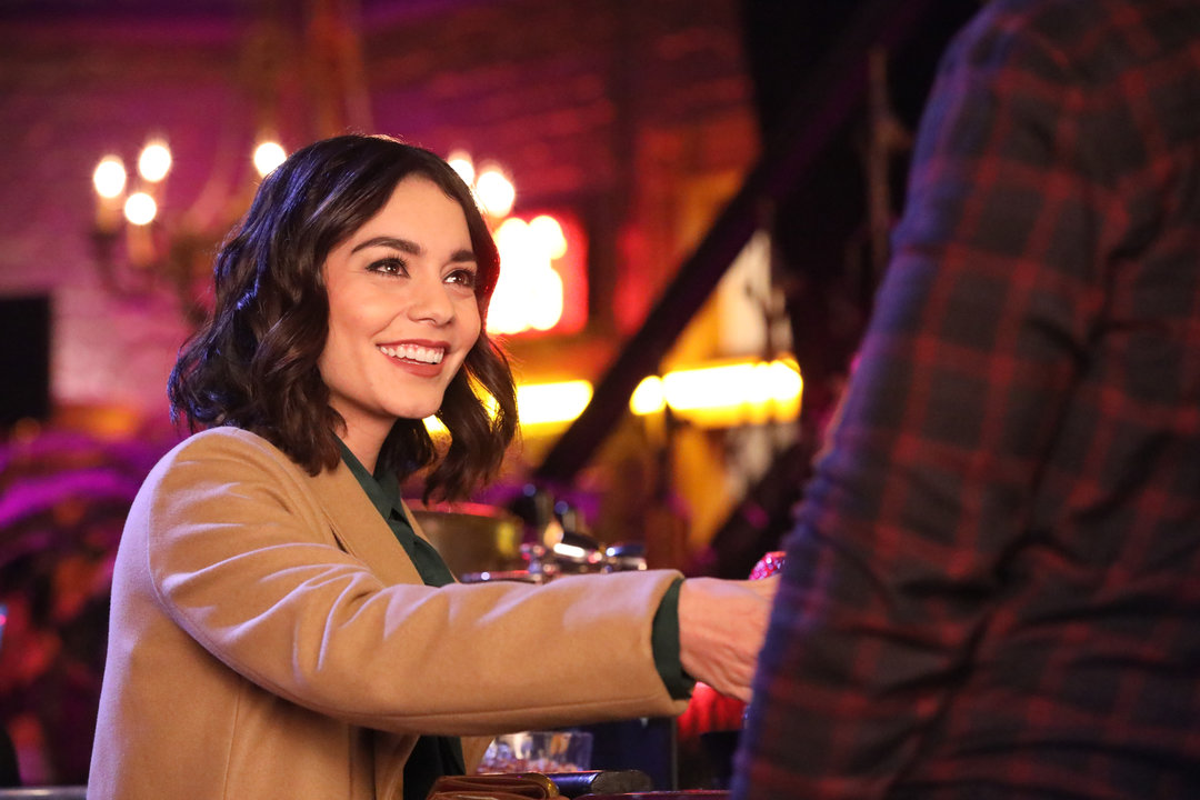 Batman Calls Van Wayne In This New Powerless Clip, Plus New Images Released