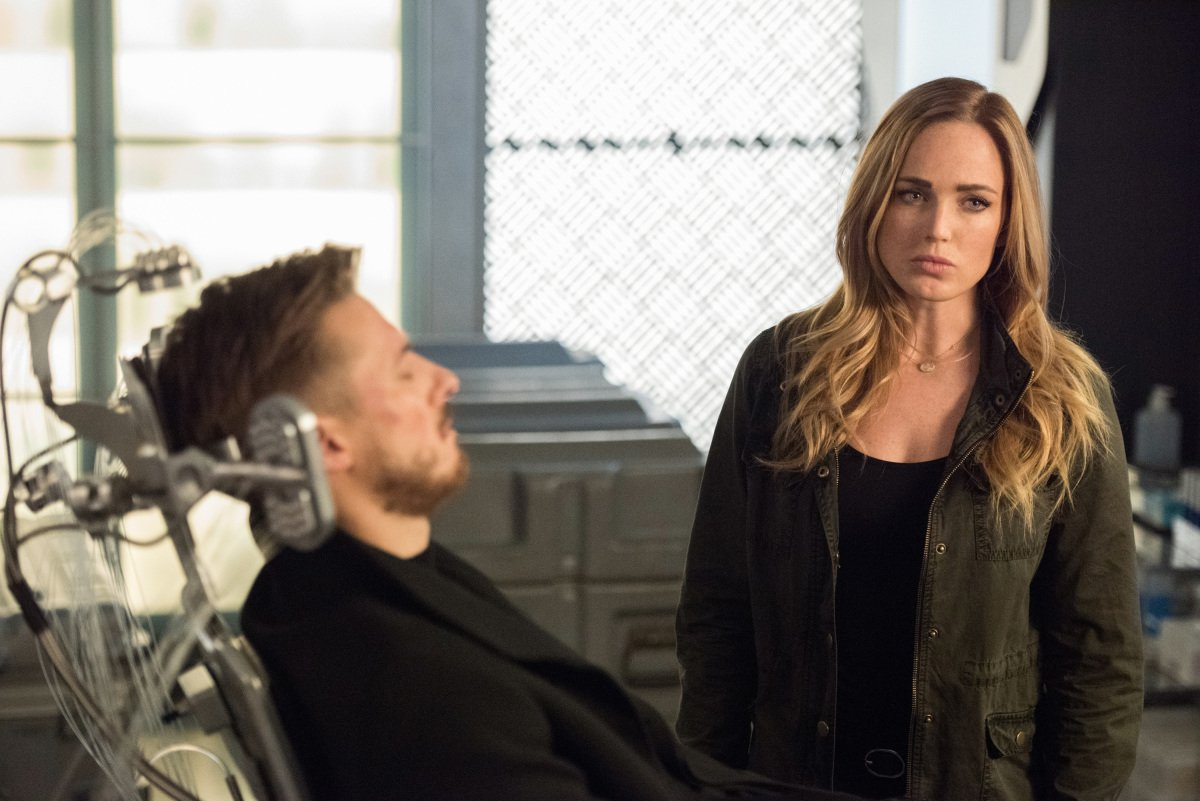 Rip Hunter's Future Is At Stake In New Legends Of Tomorrow Photos
