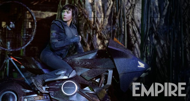 The Major Hitches A Ride In New Ghost In The Shell Image; Two Posters Boot Online